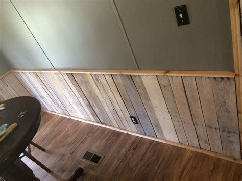 Pallet Wainscoting by Whitewashed Pallet Wood Wainscoting Pallet Ideas