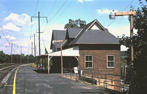 downingtown station august 1985