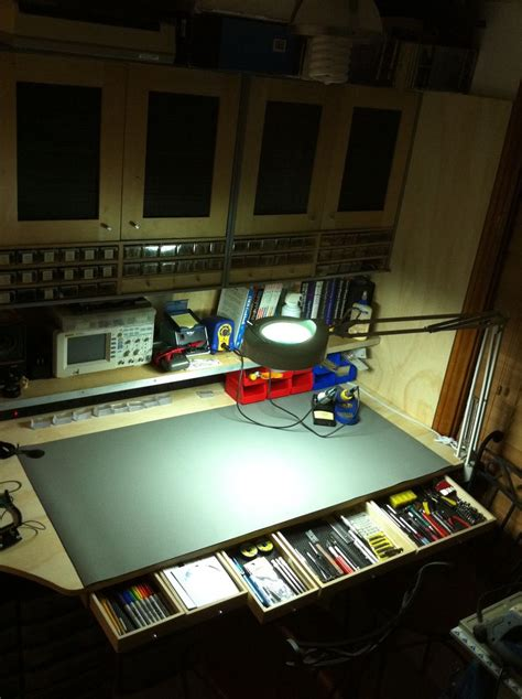 electronics bench 25 best ideas about electronic workbench on pinterest