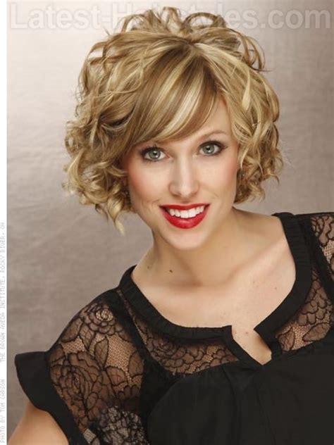 big loose curls chin length 11 chin length bob hairstyles that are absolutely stunning