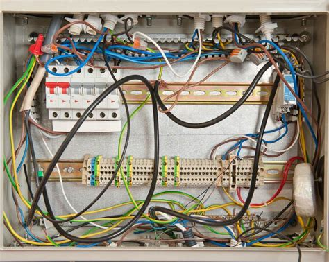 8 signs you may a problem with your electrical wiring