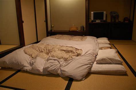 futones japoneses el fut 243 n la cama tradicional japonesa