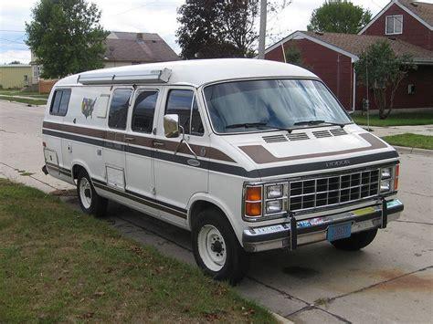 dodge xplorer motor home  traveling style vans  cars dodge camper van camper van