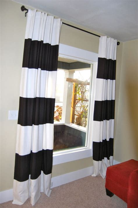 diy striped curtains diy black white striped curtains crafts pinterest