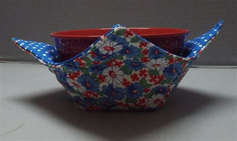 free pattern microwave bowl potholder microwave bowl cozy or potholder american daisies