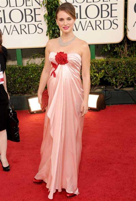 Get A Dress Like Natalie Portmans by Natalie Portman S Golden Globes Dress Shows The Baby