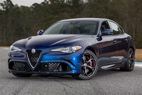 New Alfa Romeo Giulia by New Alfa Romeo Giulia Veloce 2017 Review Auto Express