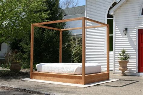 platform bed  large rail canopy natural color