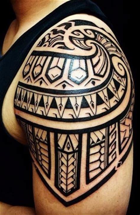tattoo tribal en el brazo tatuajes y tattoos tribales en el brazo y su significado