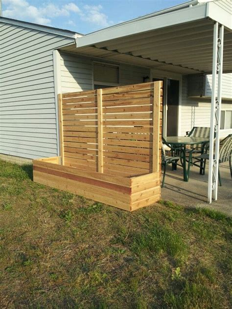 Deck Planters For Privacy by Best 25 Outdoor Privacy Ideas On Privacy Wall