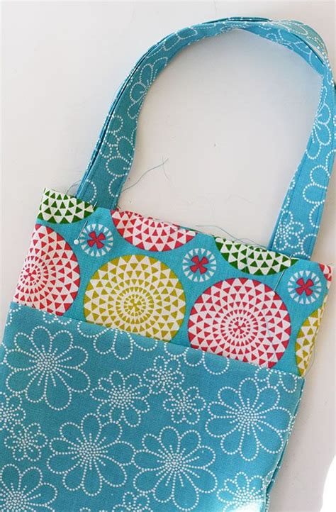 pattern for a tote bag to sew easy tote bag tutorial for kids skip to my lou sewing