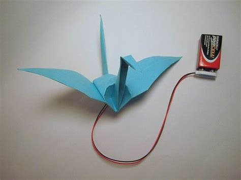 How To Make Paper Swan With Flapping Wings - origami crane flaps its wings with memory alloy wings