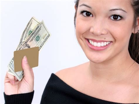Gift Card Cash Advance - best cash advance credit cards with low fees and low rates gobankingrates