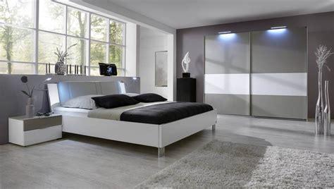 parquet flottant chambre adulte parquet blanc chambre chambre blanche et grise le