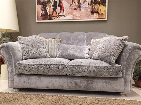 divani classico divano classico trapuntato tessuto luxury rafaschieri