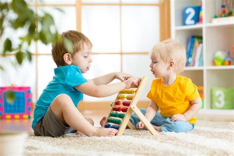 Terjamin Syamil Anak Sedang Diskon mainan yang tepat untuk anak usia 1 tahun dhian toys