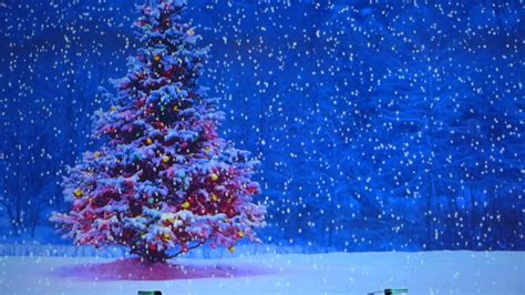 animated christmas trees with snow wallpapers animated snow falling