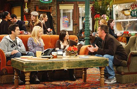 friends sofa replica friends 20th anniversary you can still visit central perk