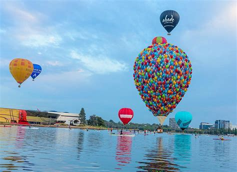 bid up up big balloon in real life1 fubiz media