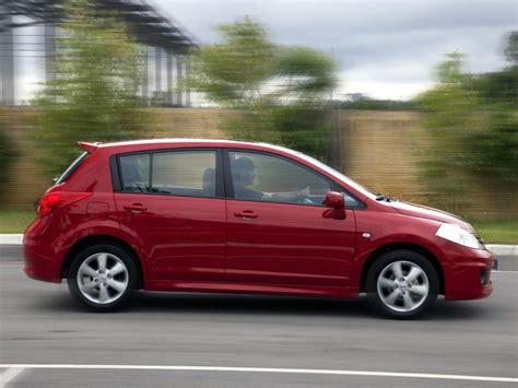 nissan hatchback nissan tiida hatchback 1 8i 126hp
