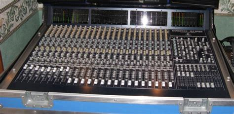 Baru Mixer Behringer Mx9000 behringer eurodesk mx9000 image 75300 audiofanzine