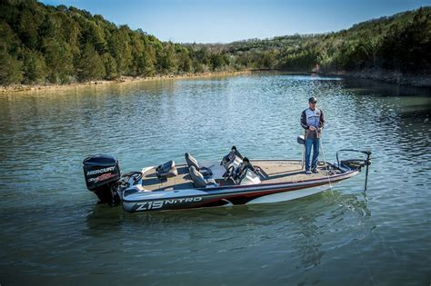 nitro boats z19 sport hot off the press boats and places magazine