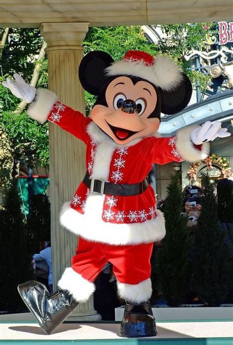 images  disney christmas  pinterest disney disney mickey mouse  donald