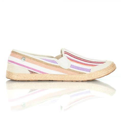 ugg 174 delizah stripe women s slip on shoe