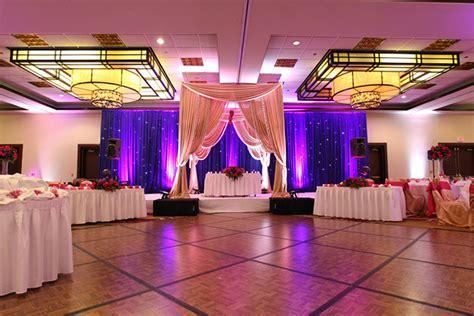 chicago gay weddings  wedding room blocks