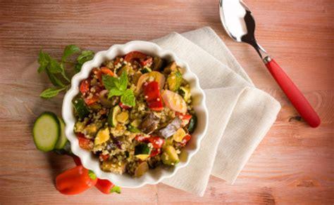 cucinare ricette cucinare con la quinoa tante ricette facili veloci e