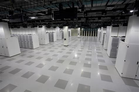 Floor Center by Slab Vs Raised Floor Prioritizing Airflow Management
