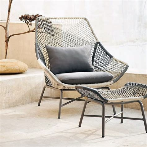 Plastic Outdoor Lounge Chairs by Benefits Of Outdoor Lounge Chairs Bestartisticinteriors