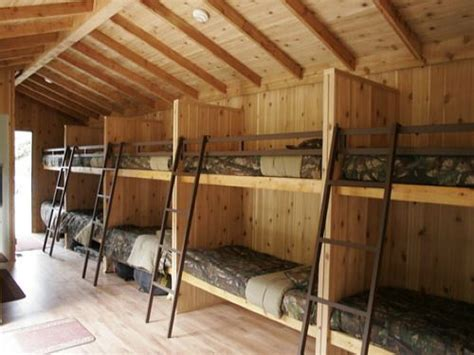 bunk house designs bunk house tree houses and play houses pinterest deer house ideas and house