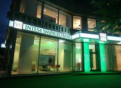 intesa san paolo ro intesa sanpaolo bank a majorat avansul creditelor