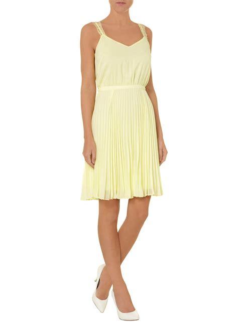 Dorothy Perkins Summer Dresses 2 by Luxe Lemon Pleated Midi Dress Dorothy Perkins