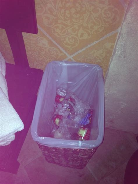 a fiori spa trash can in grotto from previous day yelp