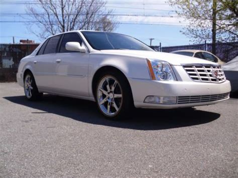 Cadillac Dts Platinum by Find Used 2011 Cadillac Dts Platinum White
