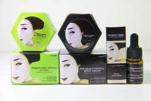 1 Paket Magic Glossy 11 pemutih wajah pria yang bagus dan aman
