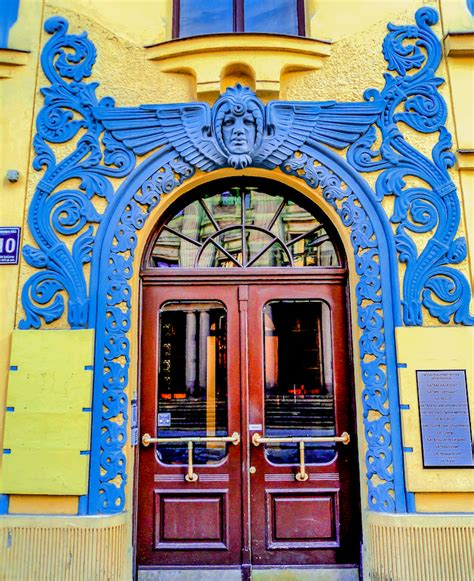 Modern Art Deco Architecture by Art Nouveau Architecture Great Examples Amp How It Differs