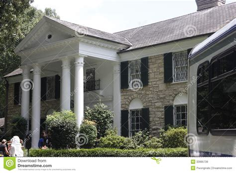 elvis graceland mansion editorial stock image