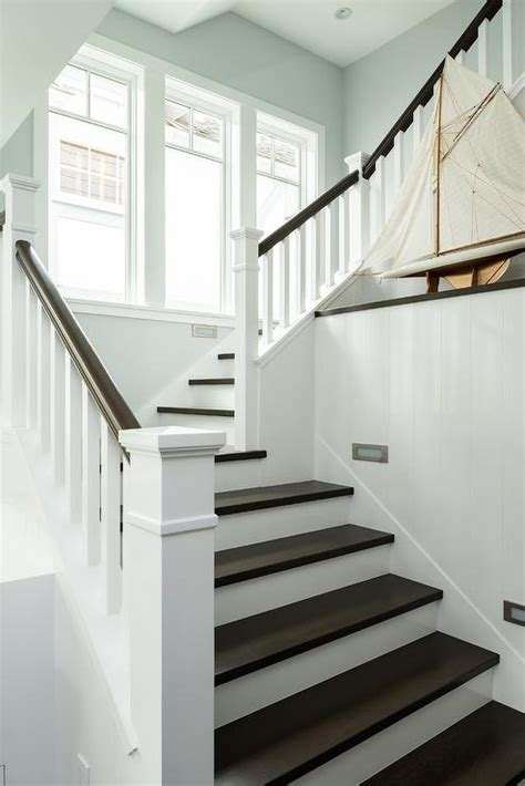 black banister white spindles white staircase spindles design ideas