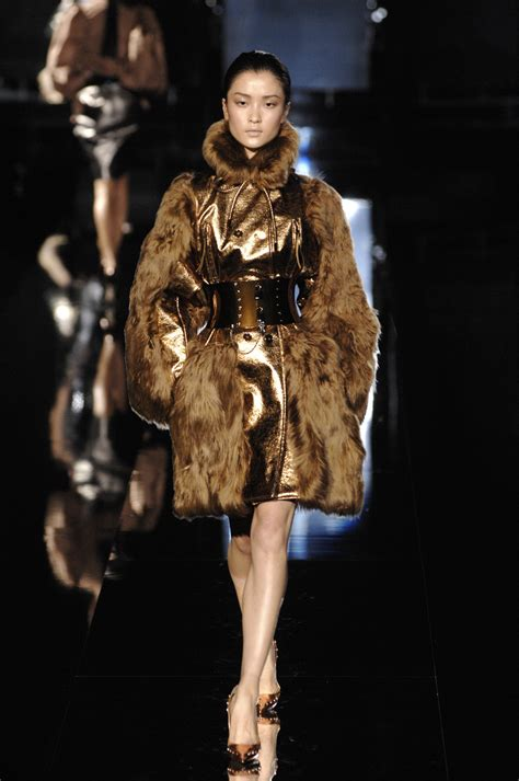 Catwalk To Carpet Dolce Gabbana Fall 2007 by Dolce Gabbana Fall 2007 Runway Pictures Livingly