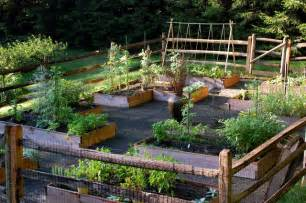 Raised Garden Layout Ideas Raised Bed Vegetable Garden Traditional Landscape Other Metro By Earth Landscape Design