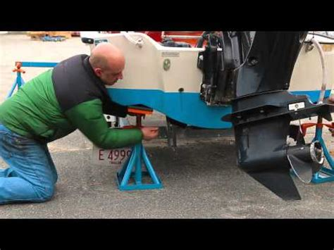 brownell manual boat lifting system scaffoldmart s boat lift trailer removal system doovi