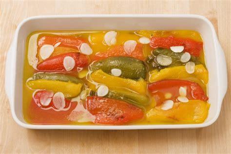 come cucinare i peperoni in agrodolce peperoni 12 modi di cucinarli agrodolce