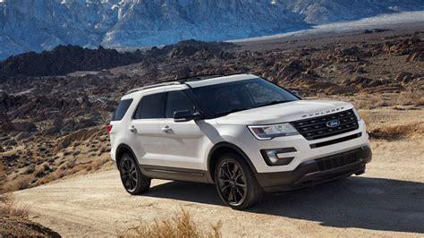 2017 white ford explorer 2017 ford explorer xlt gets sport appearance package at