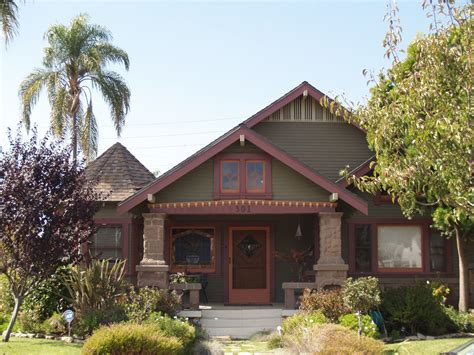 craftsman bungalows miner smith craftsman bungalow house in long beach