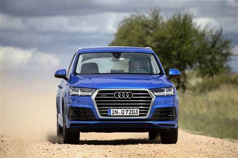 audi q7 second generation 7 seater suv debuts image 329371