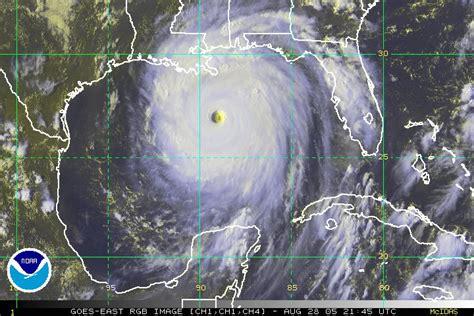 imagenes satellite del hurricane katrina quot certain death quot looking at the dire katrina bulletin nine