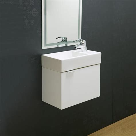 Bathroom supplies in brisbane making your bathroom unique